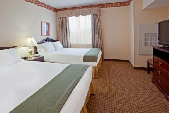 Holiday Inn Express Houston Bush Intercontinental Airport East: 2 Queen Suite