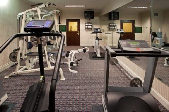 ‪‪Quality Inn & Suites IAH Bush Airport – East‬: Fitness Center‬