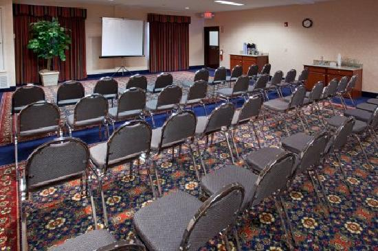 Quality Inn & Suites IAH Bush Airport – East: Meeting Room