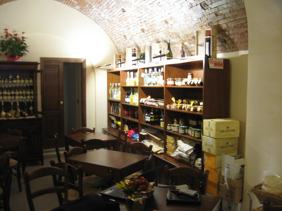 Enoteca Enotria: Seconda sala interna