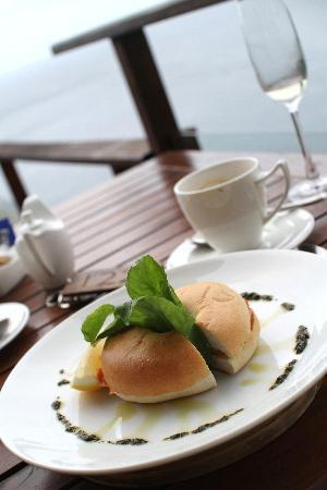 Paresa Resort Phuket: Breakfast