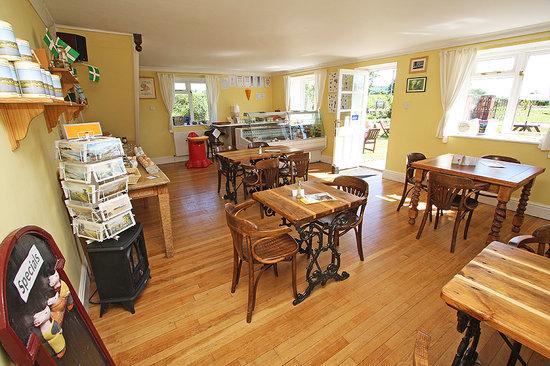 Spillers Farm Tea Rooms: Plenty of inside seating
