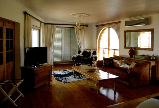 Boutique @ 10: Lions Head Suite spacious with amazing views