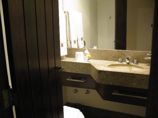 Copacabana Rio Hotel: The bathroom