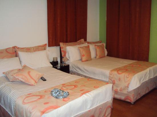 Hotel Plaza 36: Habitación doble