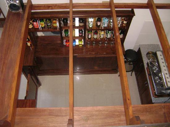 Konke Hotel & Sabores: El bar, visto desde arriba