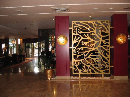 Melia Coral: Hotel lobby