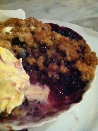 Lure Fish House : blueberry cobbler