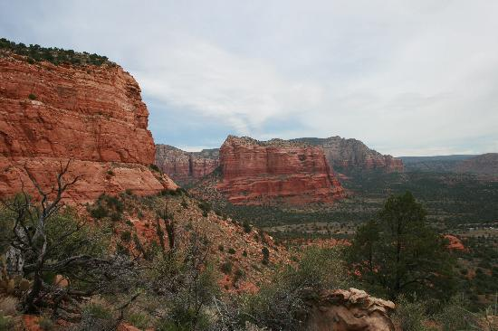 Canyon Villa Bed and Breakfast Inn of Sedona: another vista of the surrounding area
