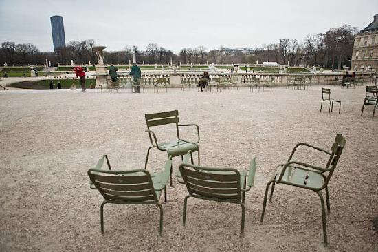 Chairs in jardin du luxembourg picture of luxembourg for Au jardin des colibris tripadvisor