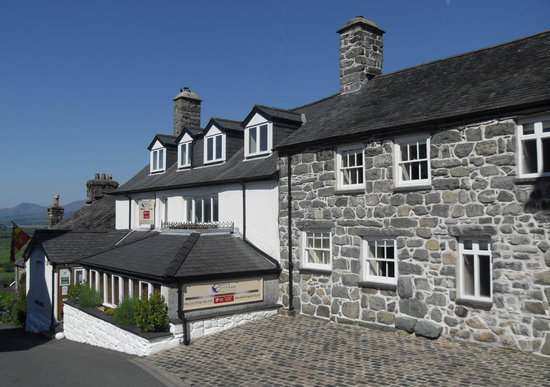 Castle Cottage Restaurant: Main building and  Grade 2 listed annex