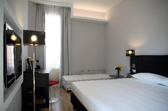 At Home Townhouse - Filiberto : Triple Room