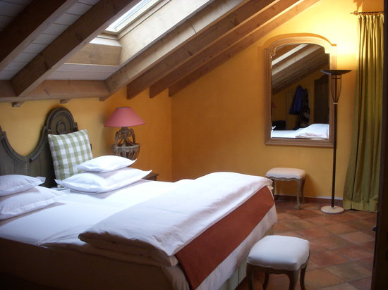 Hotel Restaurant VILLINO: Bedroom