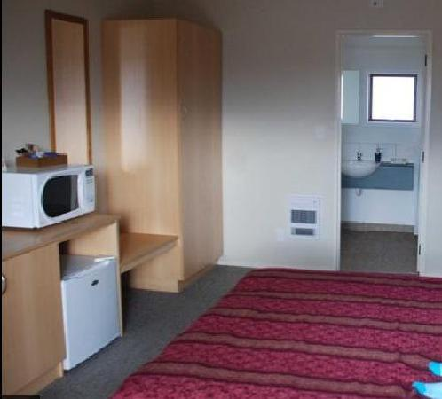 BEST WESTERN 555 On Bayview: Our room