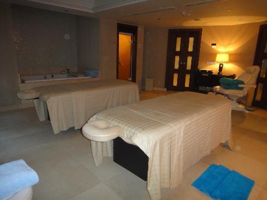 Kempinski Nile Hotel Cairo: Spa Suite