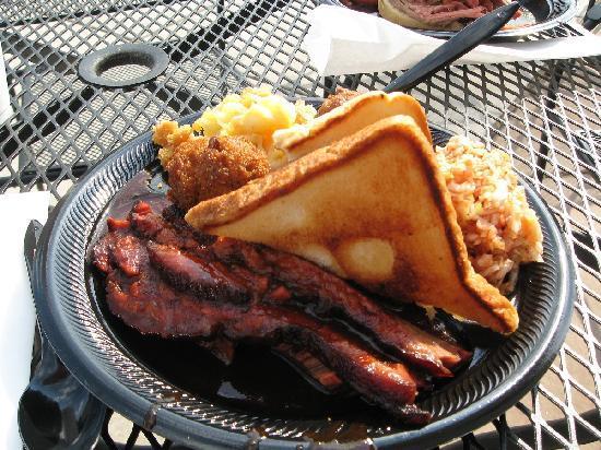 Bib's Downtown: Texas brisket plate