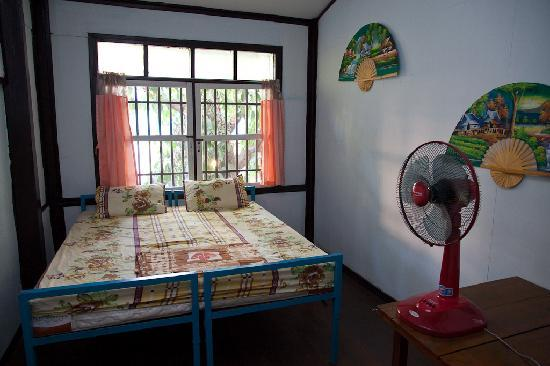 ‪‪Chok Dee Guesthouse‬: Sample Double Room‬