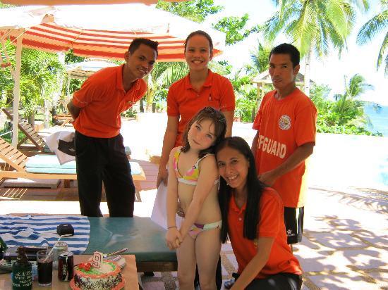 Anda White Beach Resort: Le staff
