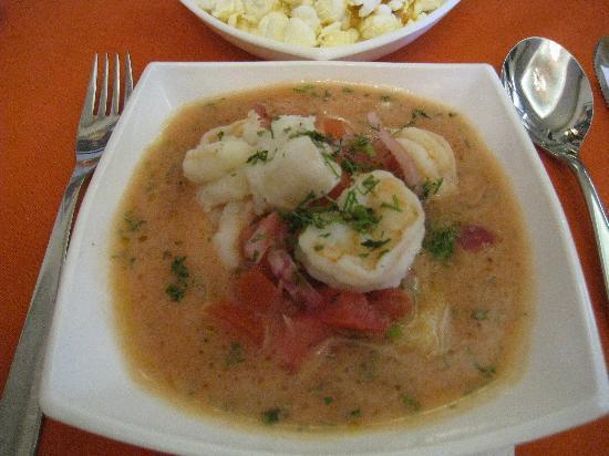 Portal de Benalcazar: Ceviche de pescado y camarones