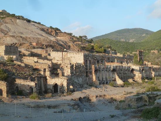 Arbus, Italie : verlassende Bergwerke