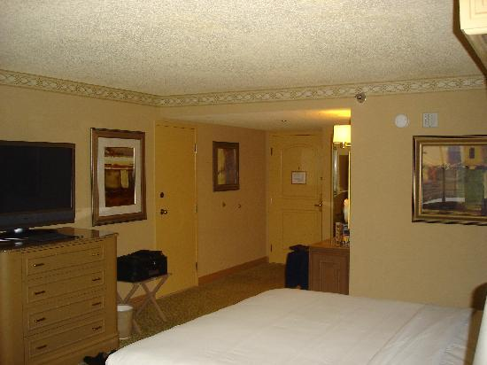 Golden Nugget Hotel: The Room