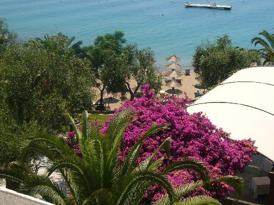 Kommeno Bay, اليونان: le jardin