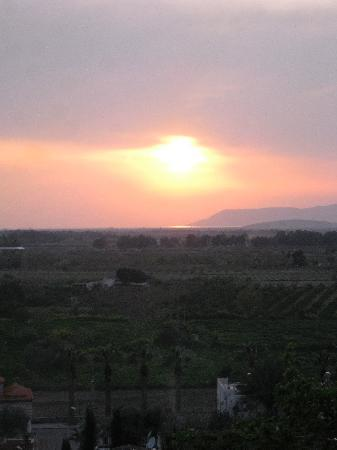 Homeros Pension & Guesthouse: Sunset from the rooftop