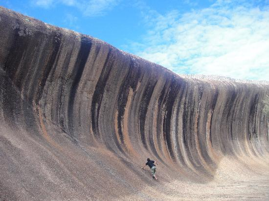 Hyden, Australia: the size of Wave Rock