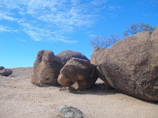 boulders found a the top of Hyden ROck