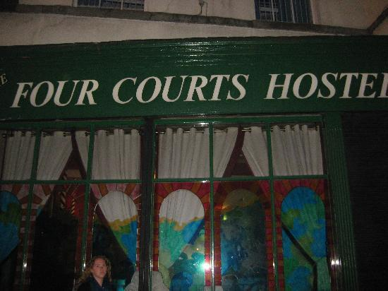 Four Courts Hostel: four courts!