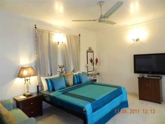 The Swiss Palms: Executive room with 42 inch LCD TV & balcony
