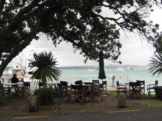 The Wharf - Restaurant & Bar : Kamakura outdoor seating