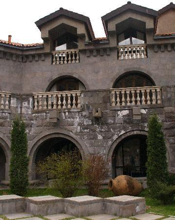 Dzoraget, Armenia: architecture en accord avec le passé