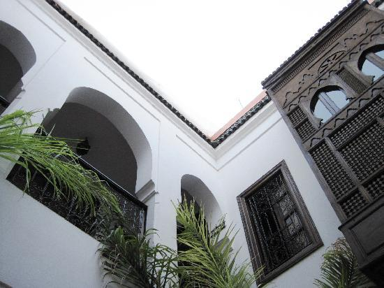 Riad Nerja : view up frol the patio