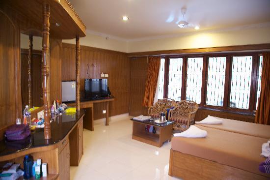 Hotel Mahabs : Spacious deluxe bedroom