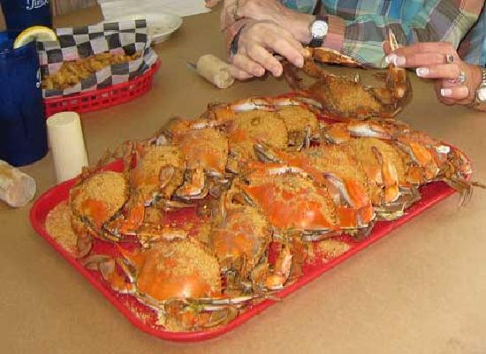 J & J Seafood : Our tray of crab