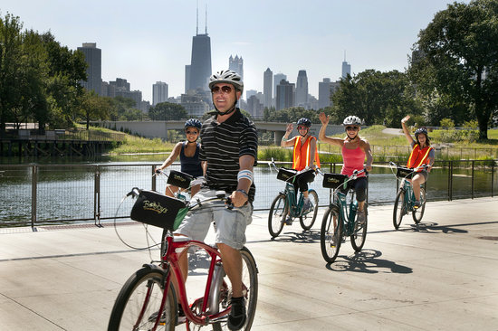 Bobby's Bike Hike Chicago : Bobby's Lakefront Neighborhoods Tour