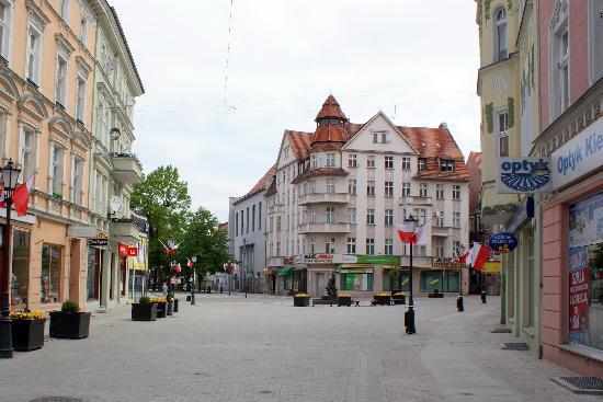 Ζιελόνα Γκόρα, Πολωνία: rynek - old town