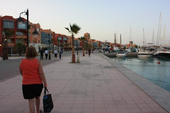 Hurghada, Mesir: The marina