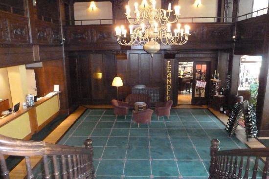 Steigenberger Hotel Thüringer Hof: Eingangsbereich von Oben