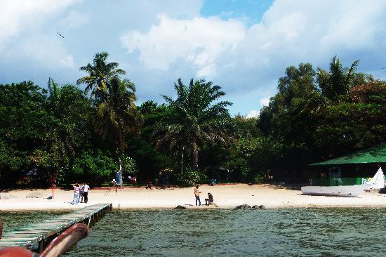 Tunza Lodge: Tunza Ladge beach ;)