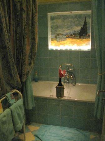 "B&B Villa Magnolia: Salle de bain ""Luxor"""
