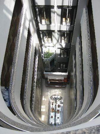 Hotel Vicenza : Hallway