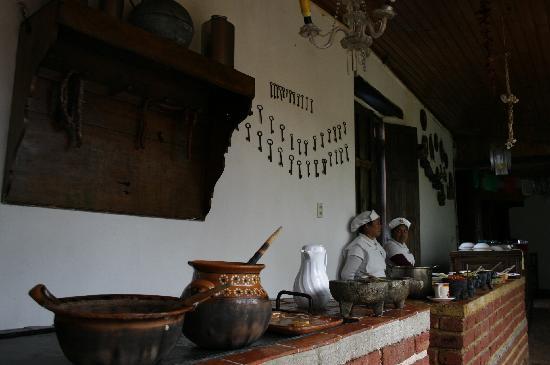 Hotel Hacienda Los Morales: En el Restaurant las tortillas son hechas a mano. Una comida muy rica
