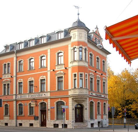 Hotel Fürstenhof am Bauhaus: Außen