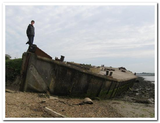 Walton-on-the-Naze, UK: a Conctete boat left over from WW11 accessable from site walks