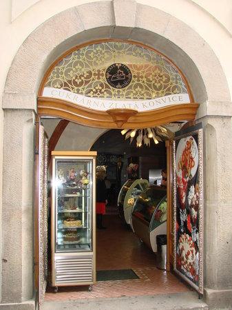 Cafe La Torta