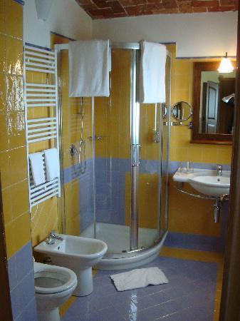 Serralunga d'Alba, Italy: Il bagno