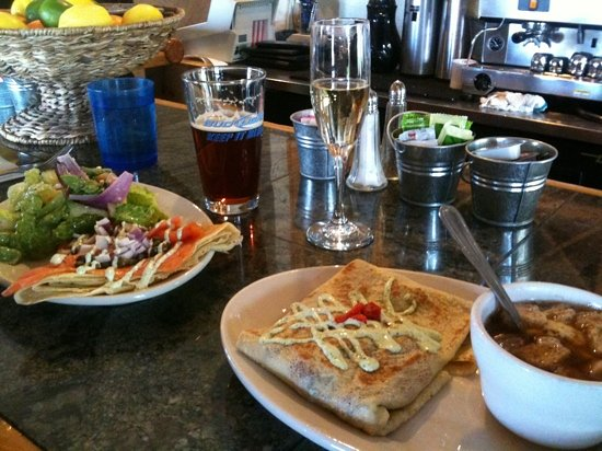 Blue Onion Cafe: Great food and presentation!