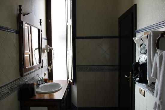 Plaza Nueva Hotel: Sink